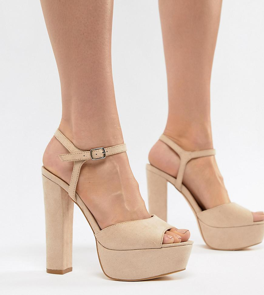 d13701d568c4 Truffle Collection Platform Heeled Sandals in Natural - Lyst