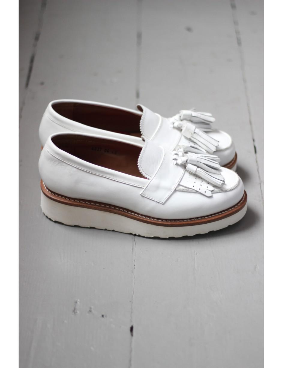a3be6535cb6 Grenson Clara White Loafer in White - Lyst