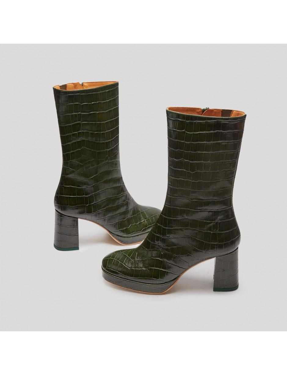 4ef9d3a3aedc4 Lyst - Miista Carlota Dark Green Croc Leather Boots in Green
