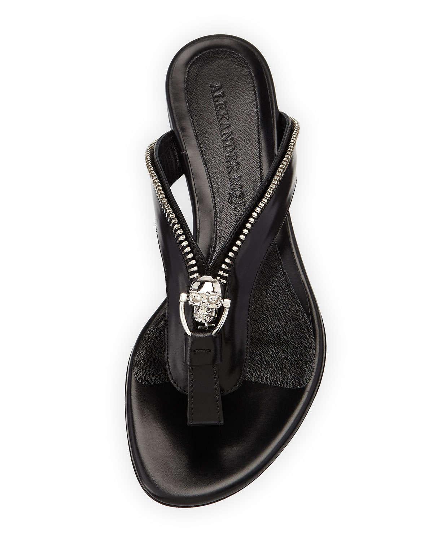 Lyst Alexander Mcqueen Skull Zip Thong Sandals In Black