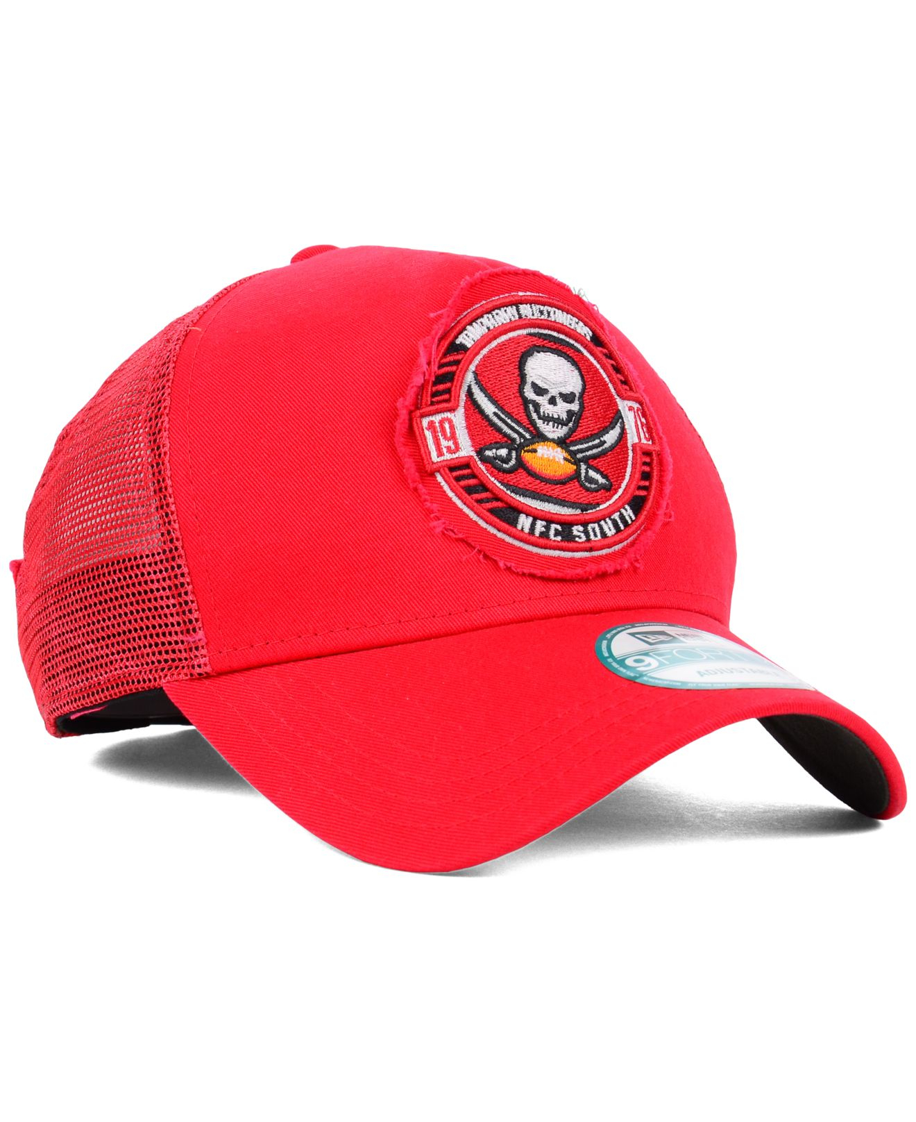 reputable site f739d 3ae38 Lyst - KTZ Tampa Bay Buccaneers Trucker Snap 9Forty Cap in Red