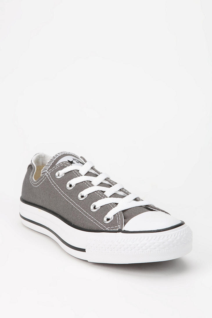 96377f601b92 grey low top converse
