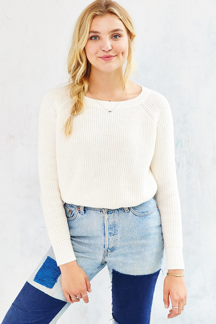 Kimchi blue Off-shoulder Cropped Sweater in White | Lyst
