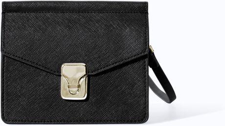 Zara Shoulder Bag With Metal Fastening 72