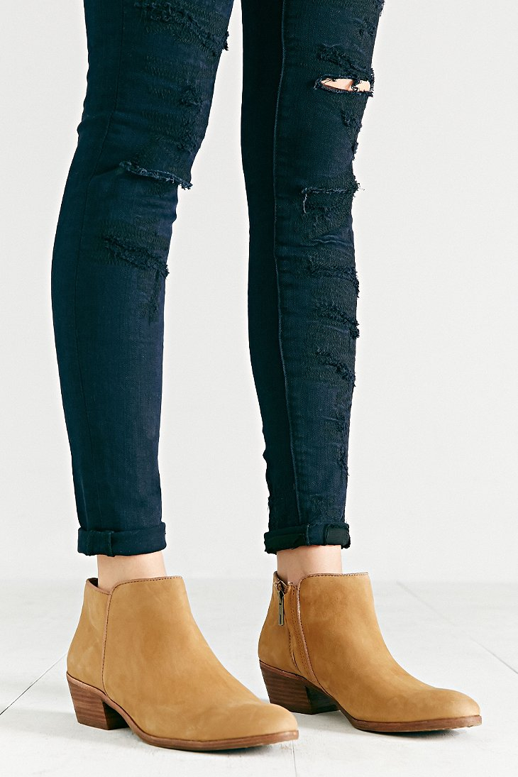 Gallery. Previously sold at  Urban Outfitters · Women s Sam Edelman Petty  ... 0537d1b9b