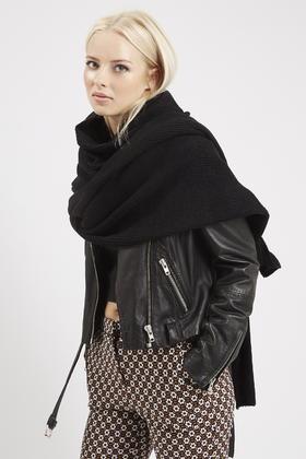 2e1ee0057 TOPSHOP Oversized Lofty Knit Scarf in Black - Lyst