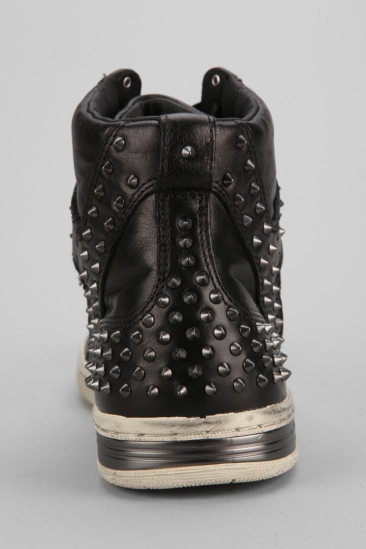 Gallery. Previously sold at  Urban Outfitters · Men s John Varvatos Converse  ... 1f492e1fa2