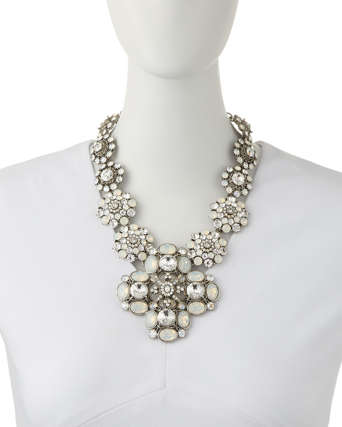 Oscar De La Renta Pearly and Crystal Tassel Necklace YTapRhOLU
