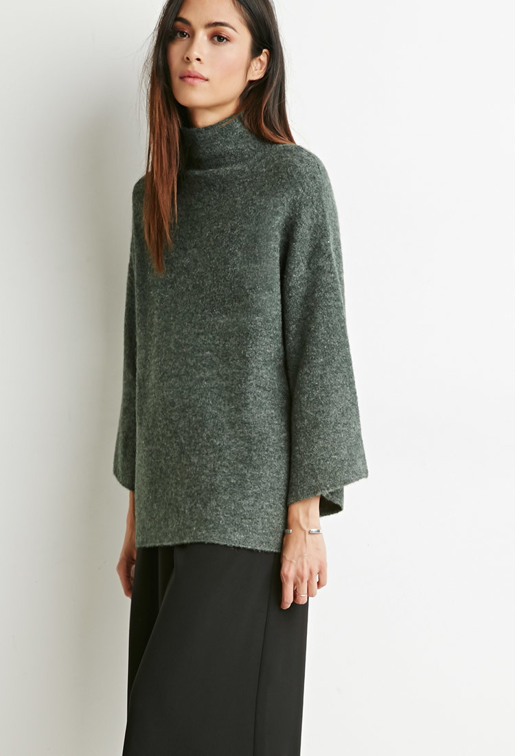 Forever 21 Contemporary Mock Neck Oversized Sweater in Green | Lyst