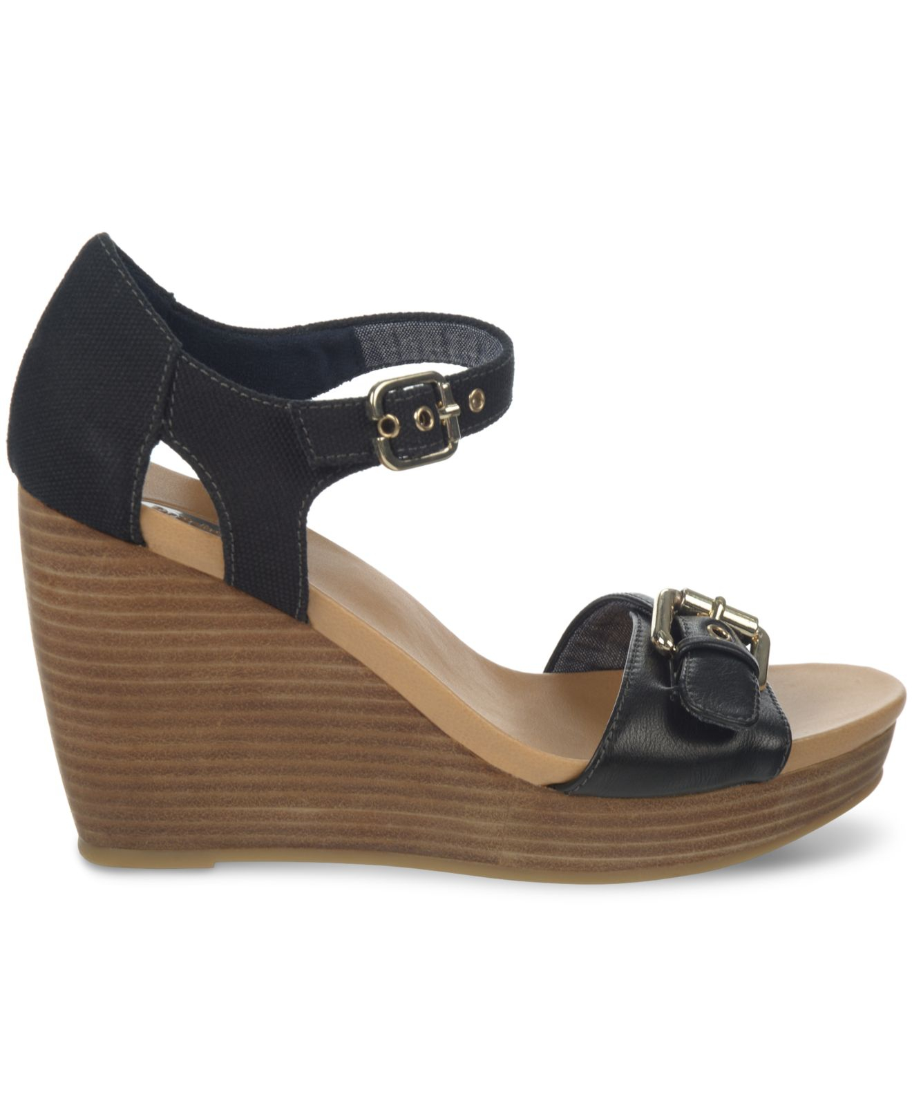 Online shopping for Clothing, Shoes & Jewelry from a great selection of Flip-Flops, Heeled Sandals, Platforms & Wedges, Flats & more at everyday low prices.