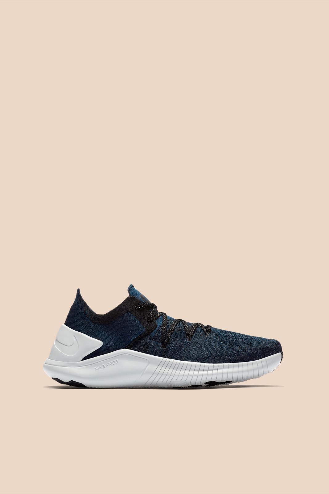 eba2370e64e Lyst - Nike Free Tr Flyknit 3 Metallic in Blue - Save 7%