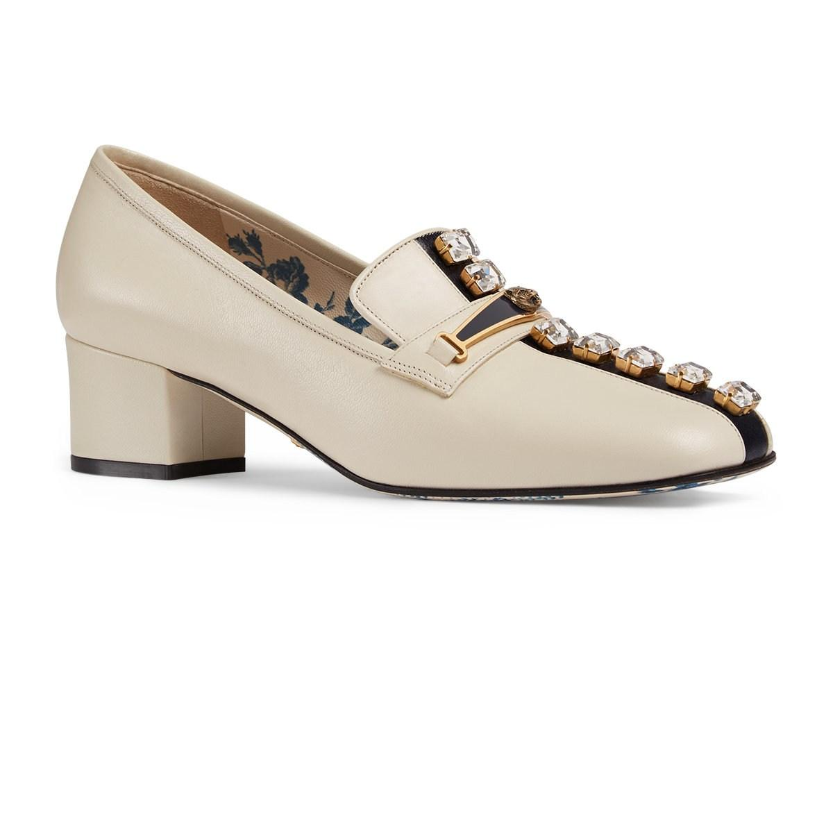8b6f6bc77b7 Lyst - Gucci Leather Pumps in White