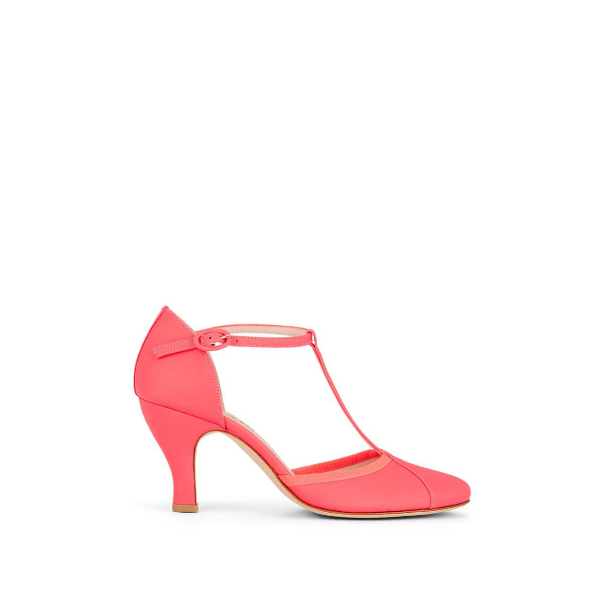 872058c8994 Lyst - Repetto Baya Leather T-strap Pumps in Pink