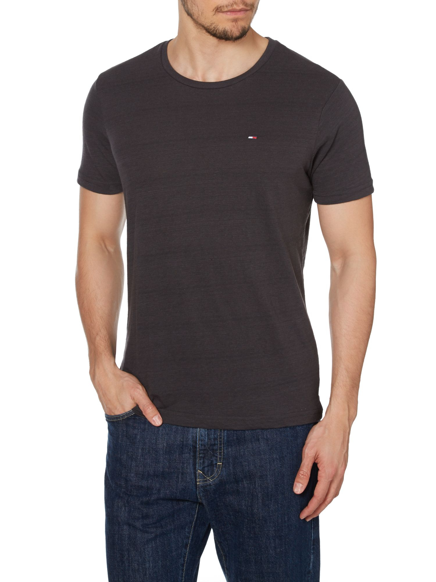 tommy hilfiger black hanson plain crew neck slim fit t shirt for men. Black Bedroom Furniture Sets. Home Design Ideas