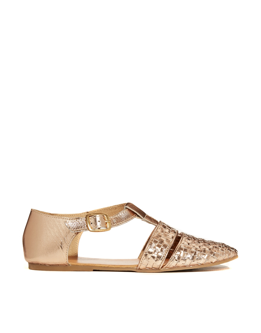 asos jellyfish leather tbar flat shoes in gold lyst