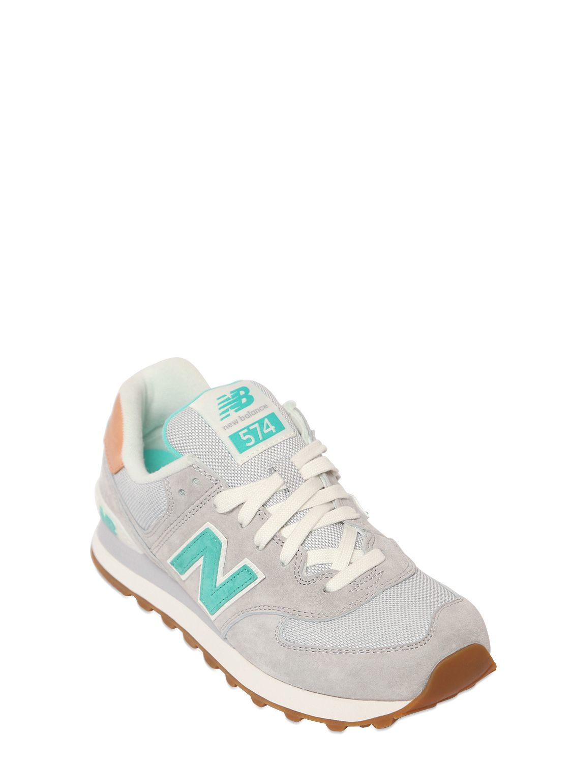 finest selection a3d46 bd394 Gallery. Previously sold at  LUISA VIA ROMA · Women s New Balance 574
