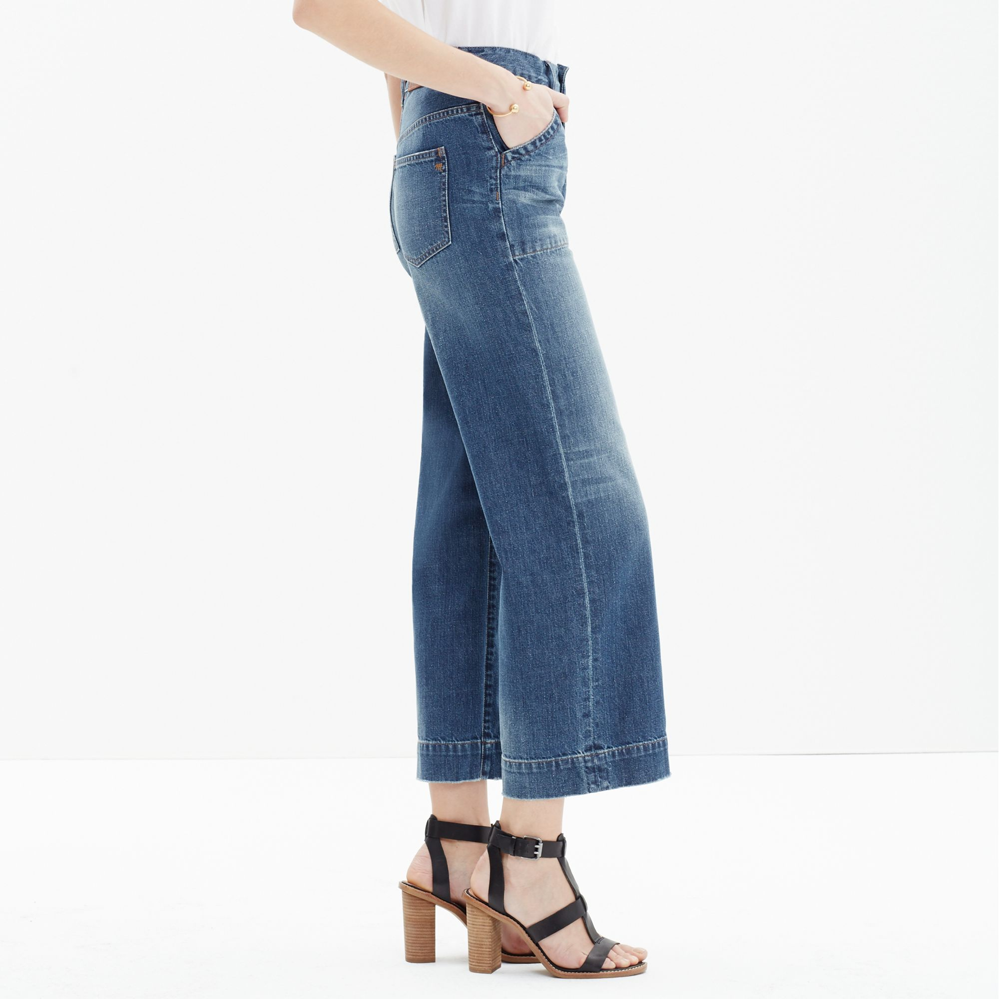 8ed000e46a5b8 Lyst - Madewell Wide-leg Crop Jeans in Blue