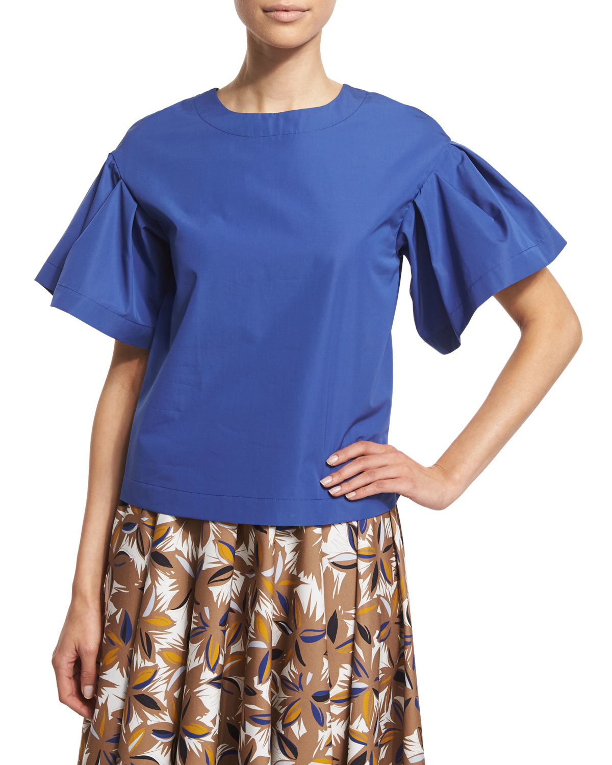 agnona-blue-ruffled-short-sleeve-jewel-n