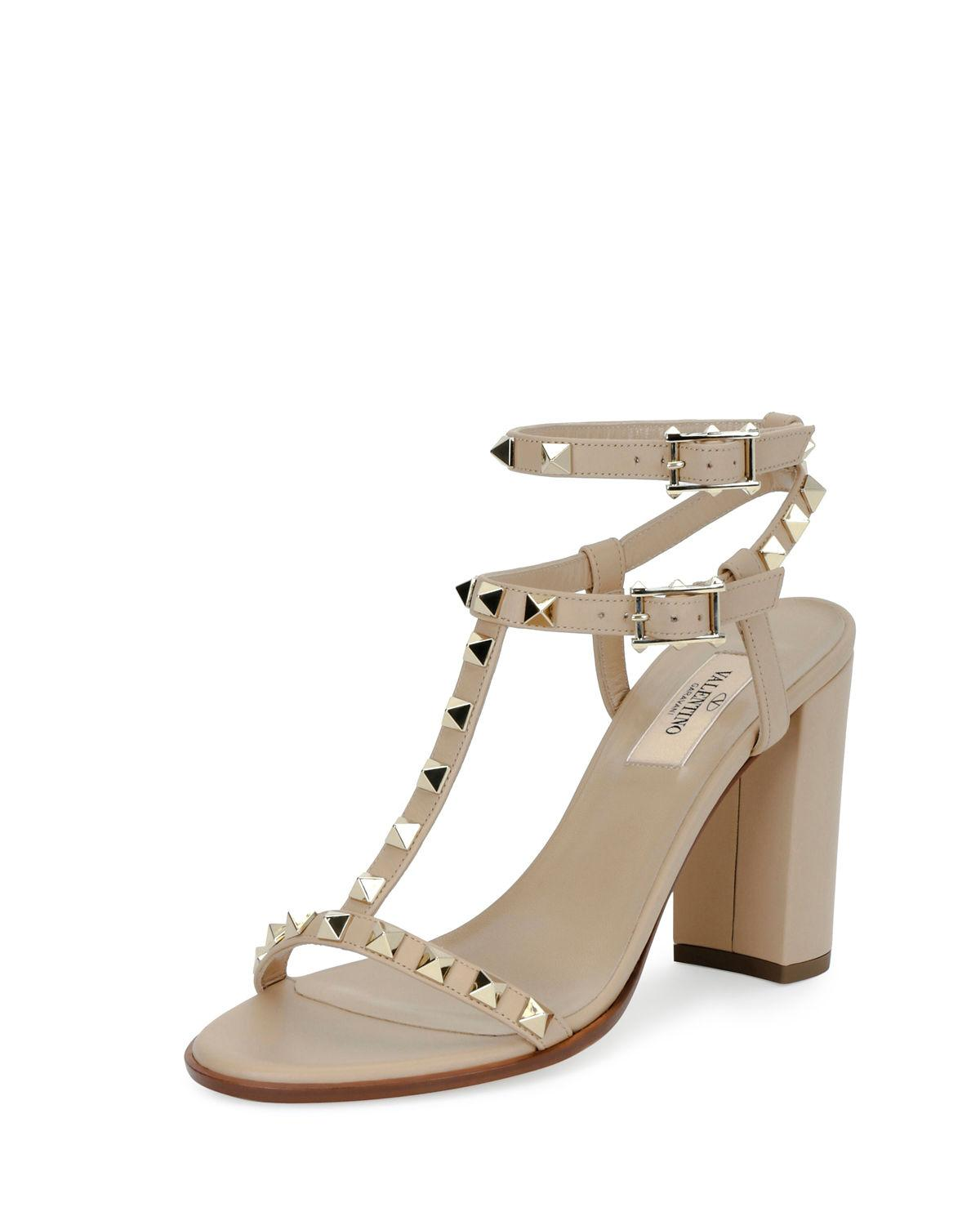 dc1c1a5b093e Lyst - Valentino Rockstud T-strap 90mm Sandal in Natural