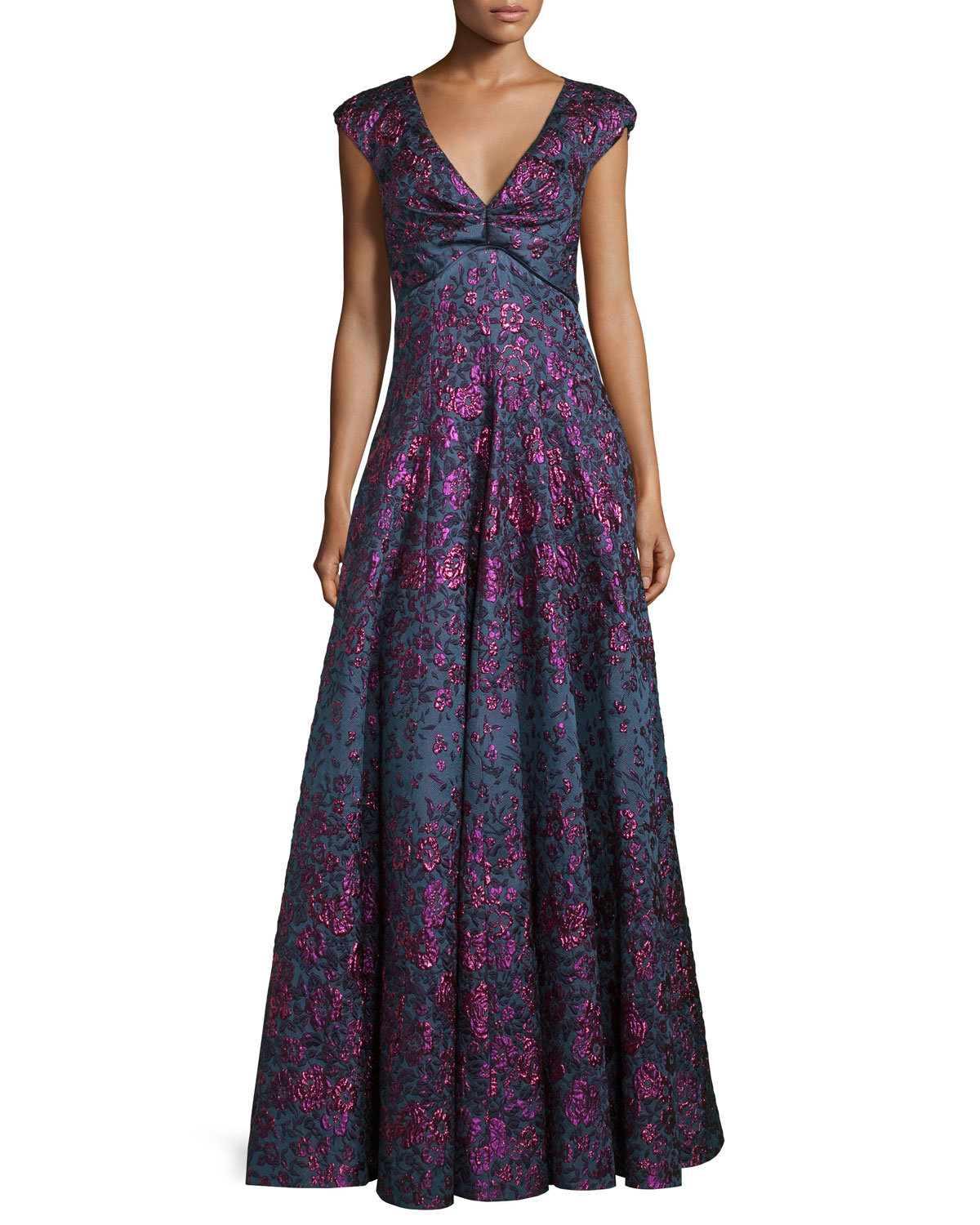 Thing as well Id V 92197 further Talbot Runhof Holda Cap Sleeve Degrade Brocade Gown Purple likewise Id V 84131 likewise Id V 64730. on oscar de la renta green silk chiffon gown