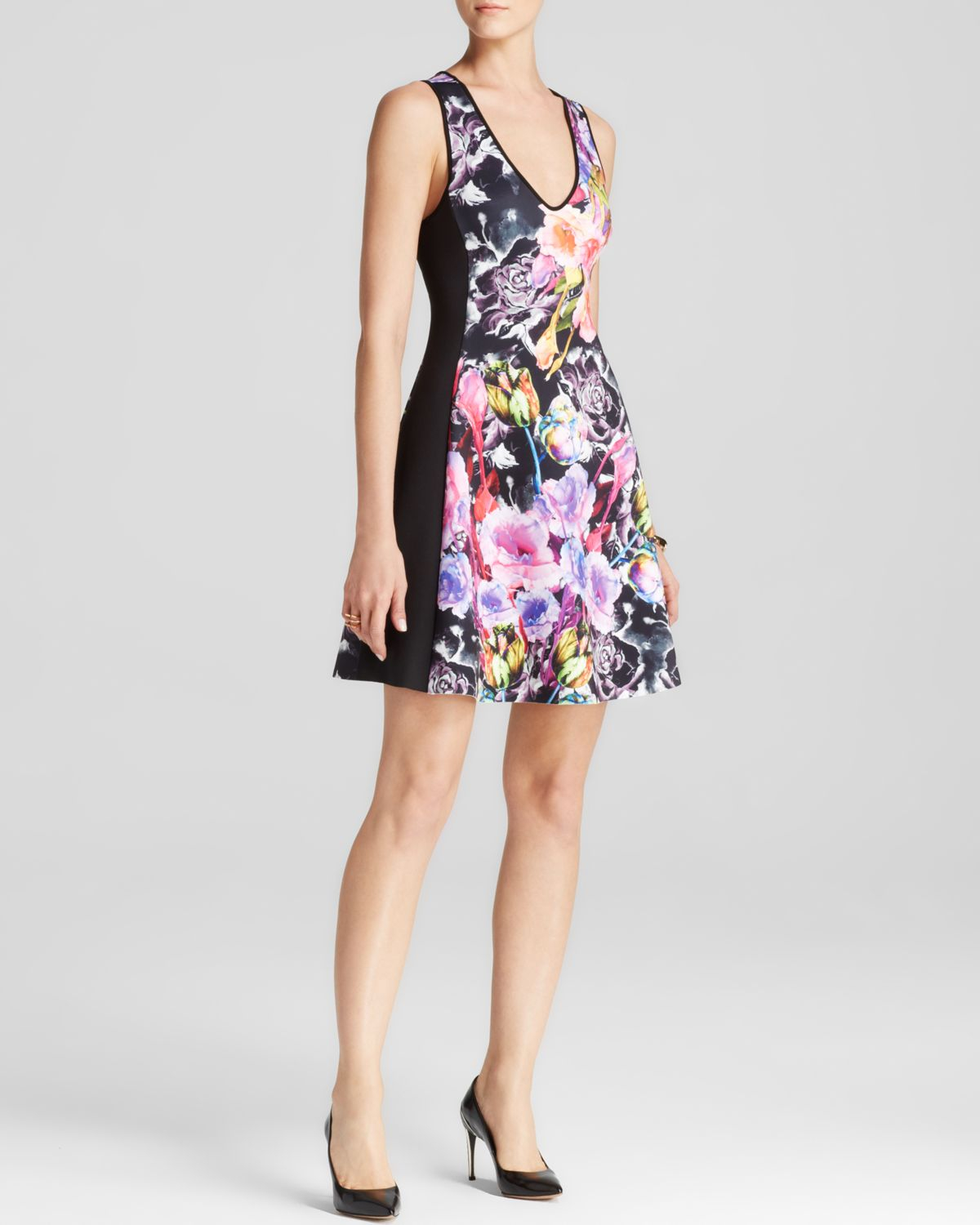 Bloomingdales Women S Romantic Clothing