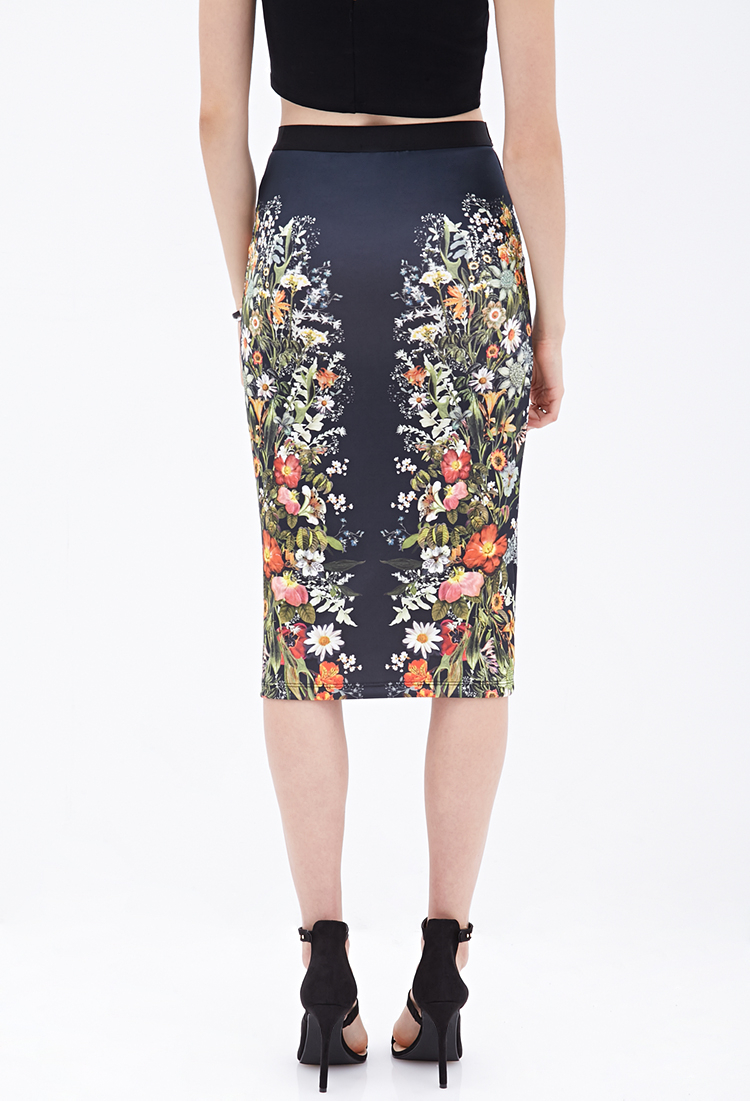 Forever 21 Mirrored Floral Pencil Skirt in Black | Lyst