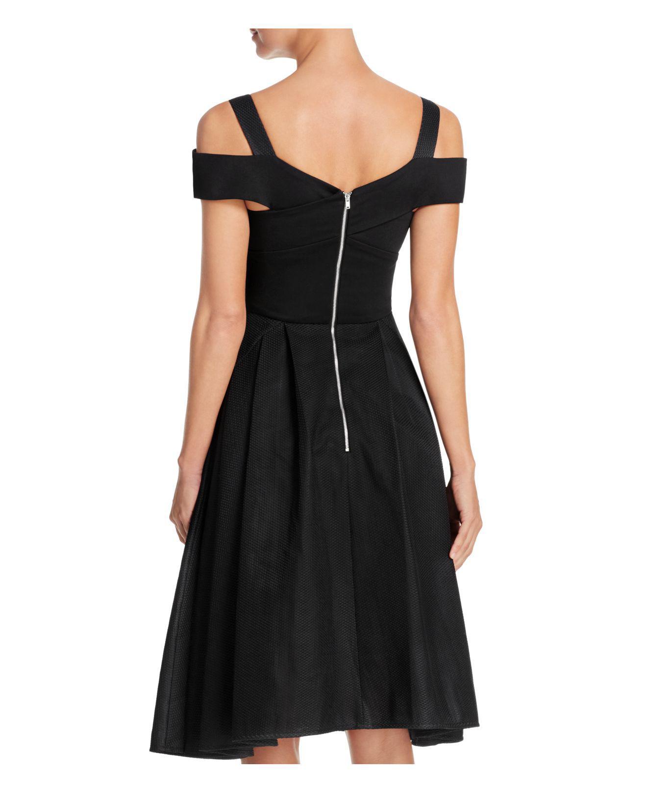 Lyst Elliatt Verve Cold Shoulder Dress In Black