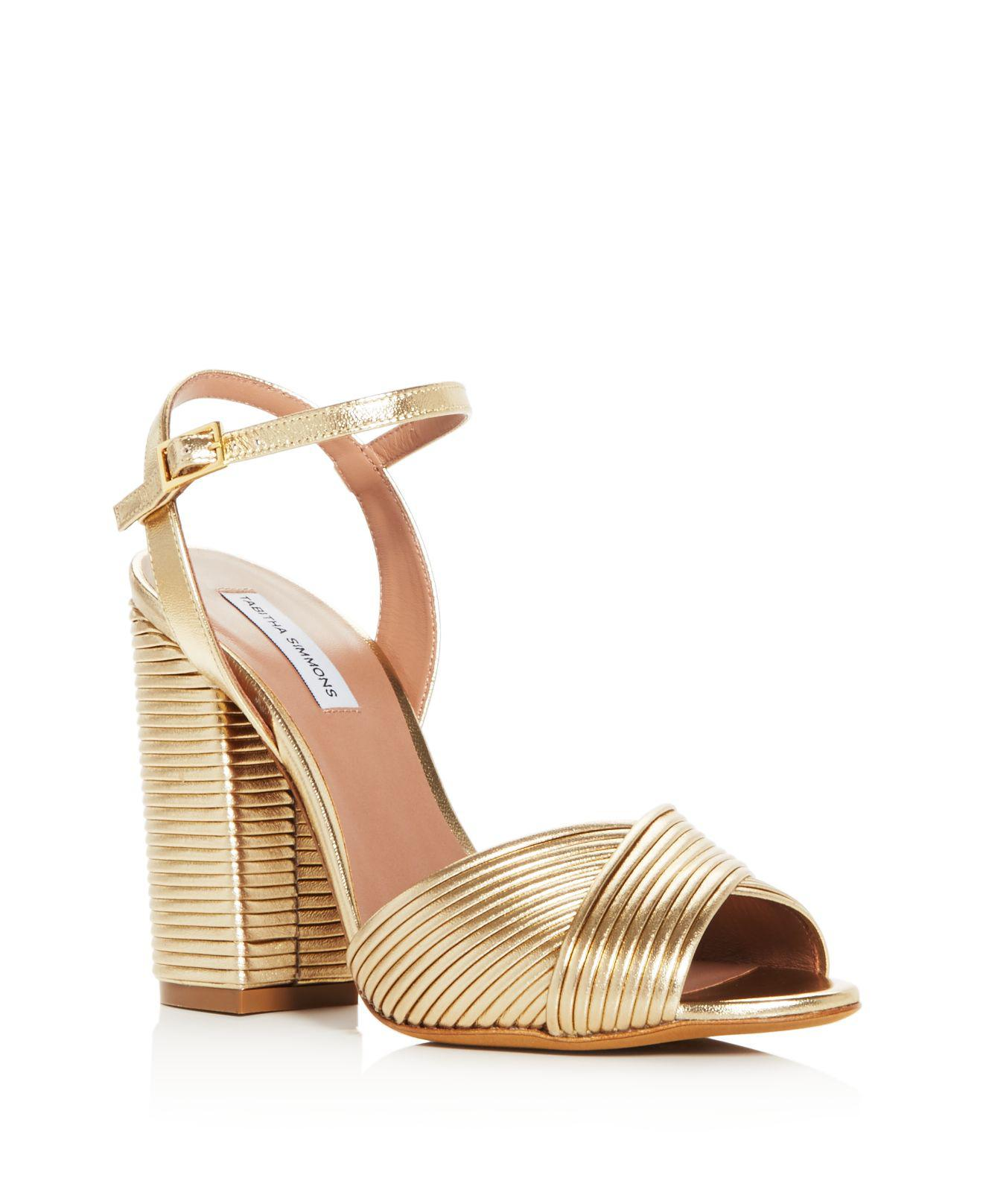 Tabitha Simmons Women's Kali Pleated Leather Block Heel Sandals 7mZDQW