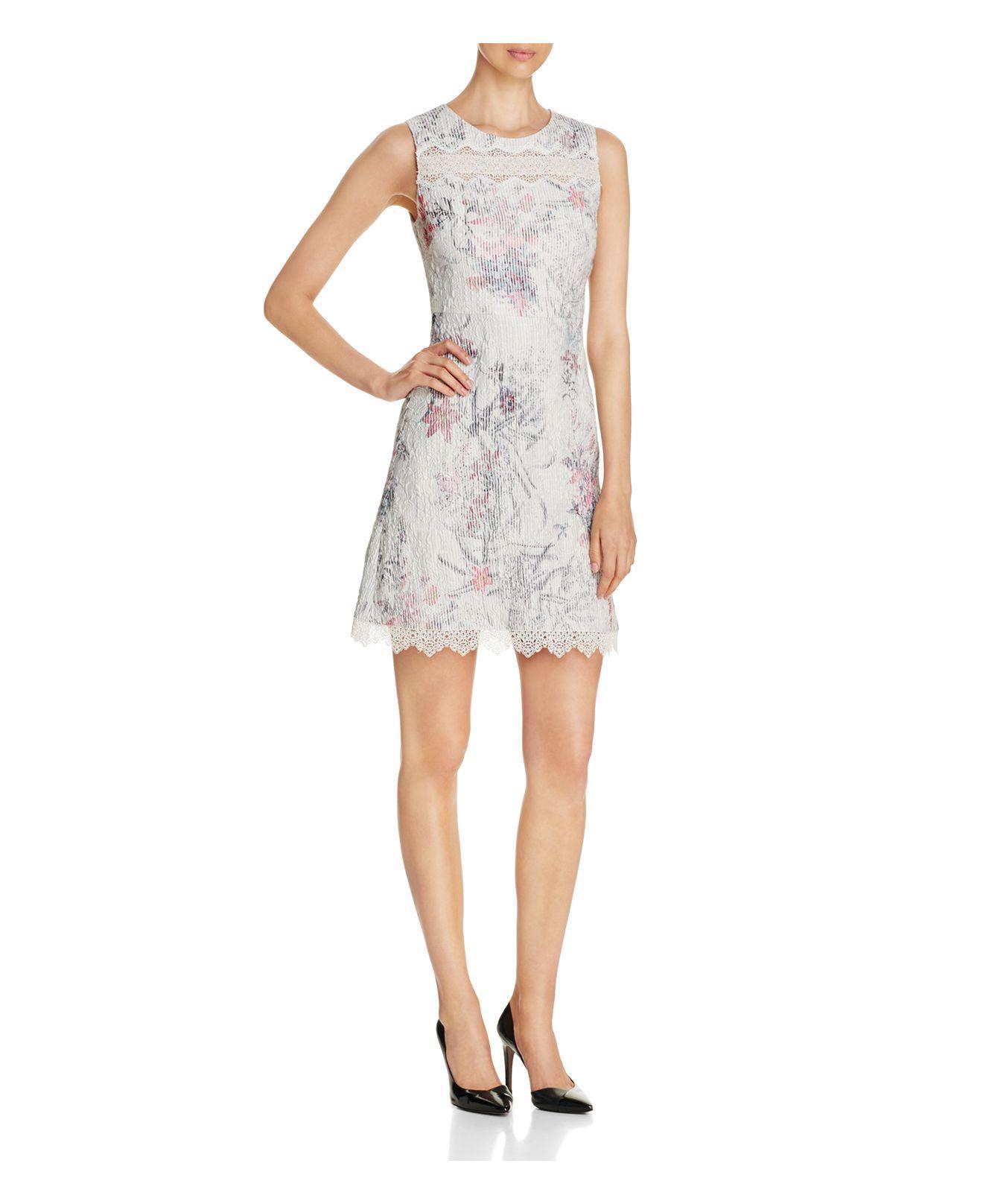 1eea9c9e3d4e Lyst - Elie Tahari Skyla Floral Print Seersucker Dress