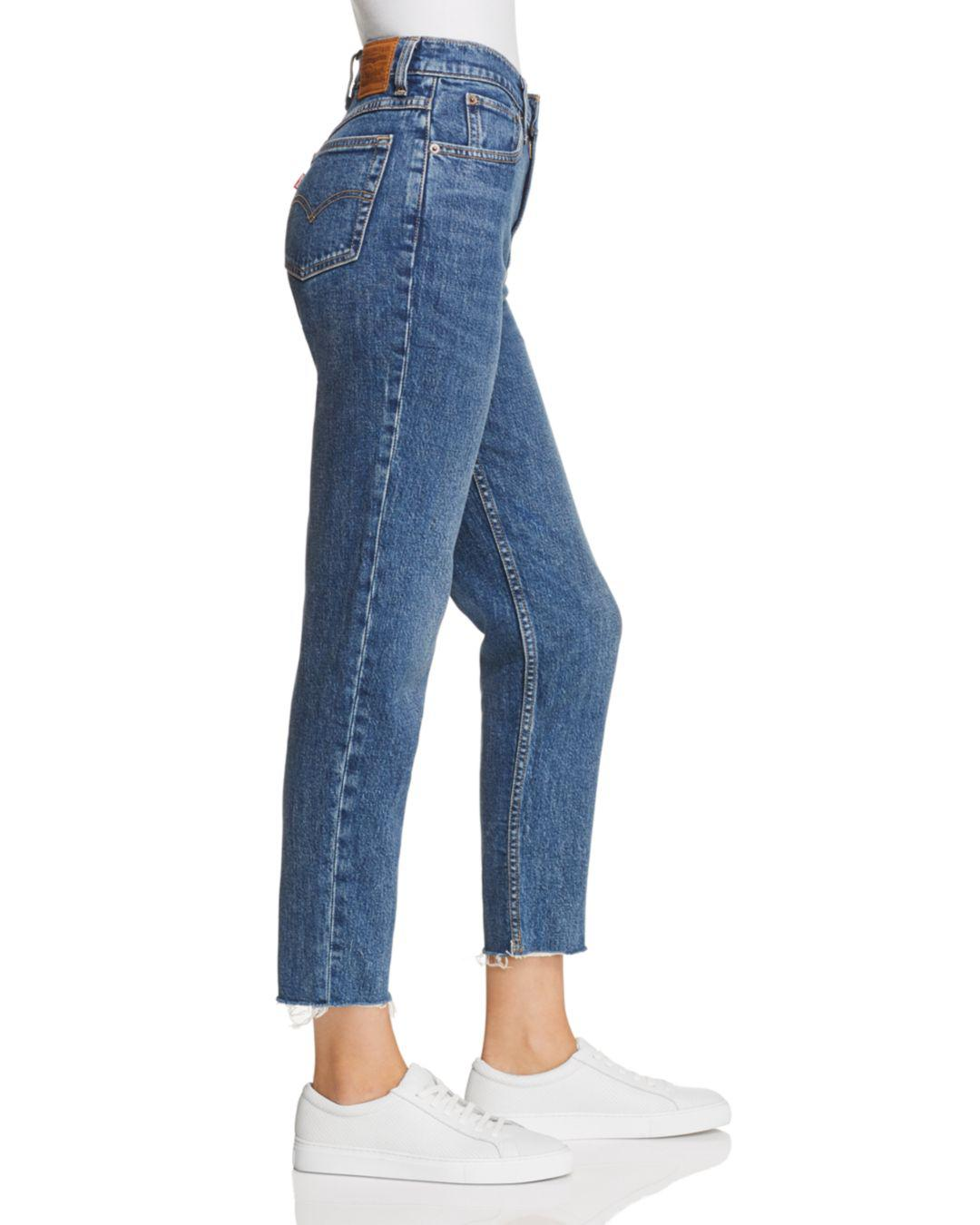 e17f46733d8455 Levi's Cropped Mom Jeans In Moms The Word in Blue - Lyst