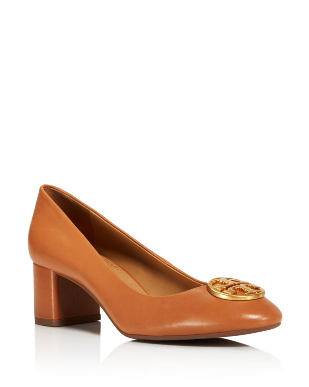 2d301652d85cf Lyst - Tory Burch Chelsea Pump in Brown - Save 35.25179856115108%