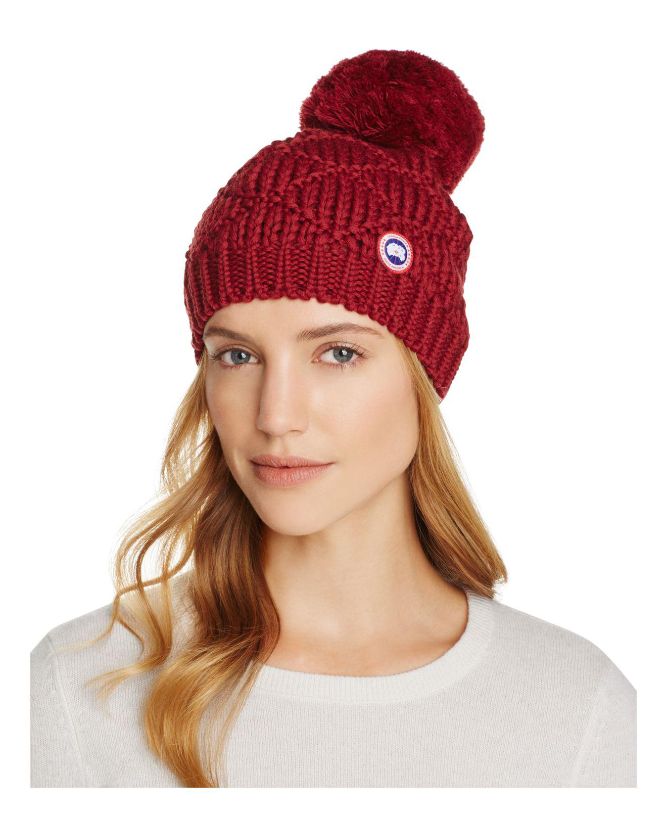 d802ceaab Canada Goose Merino Wool Beanie With Oversized Pom-pom in Red - Lyst