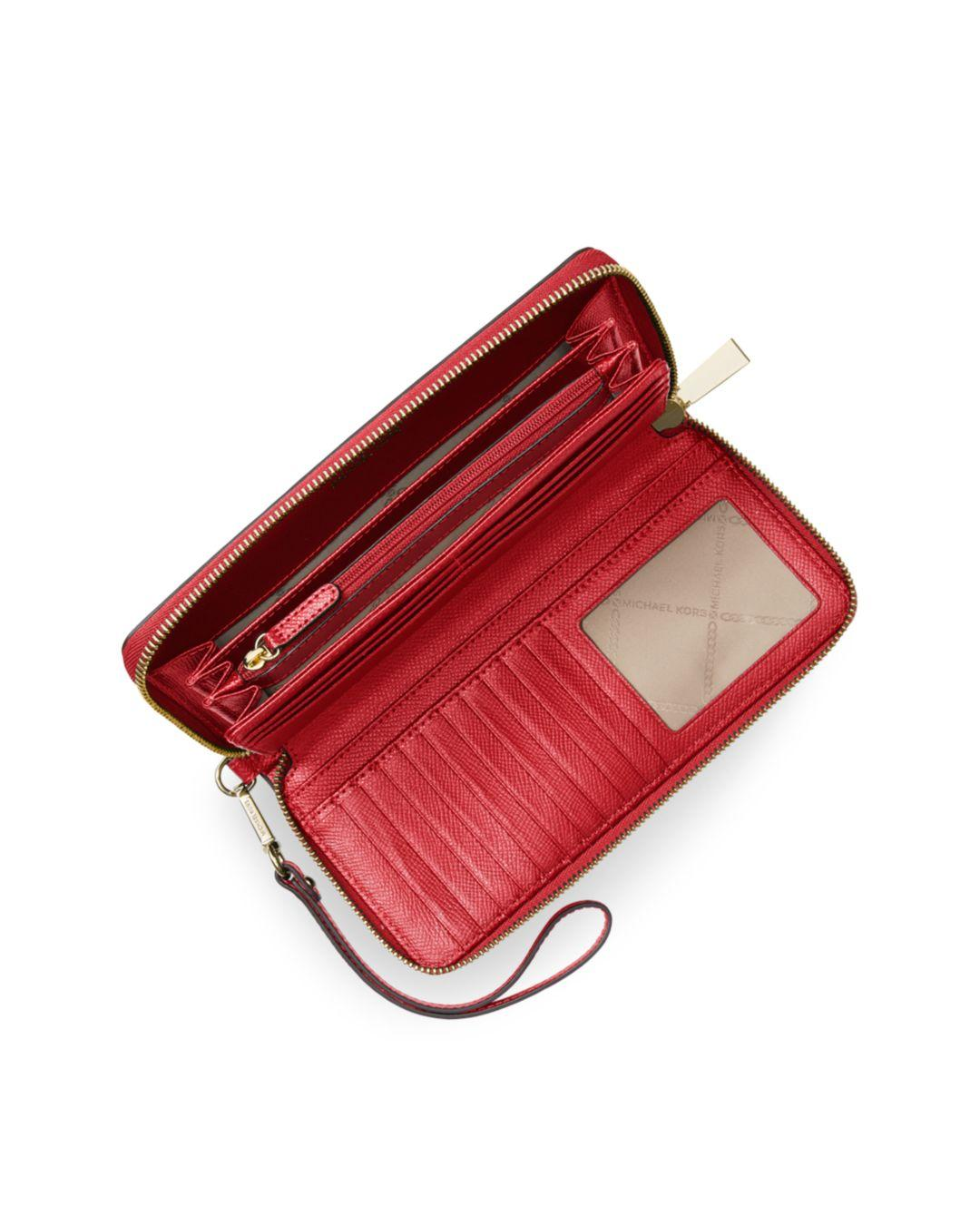 dcc40910d4a4 MICHAEL Michael Kors Wallet - Jet Set Travel Continental Saffiano in Red -  Lyst
