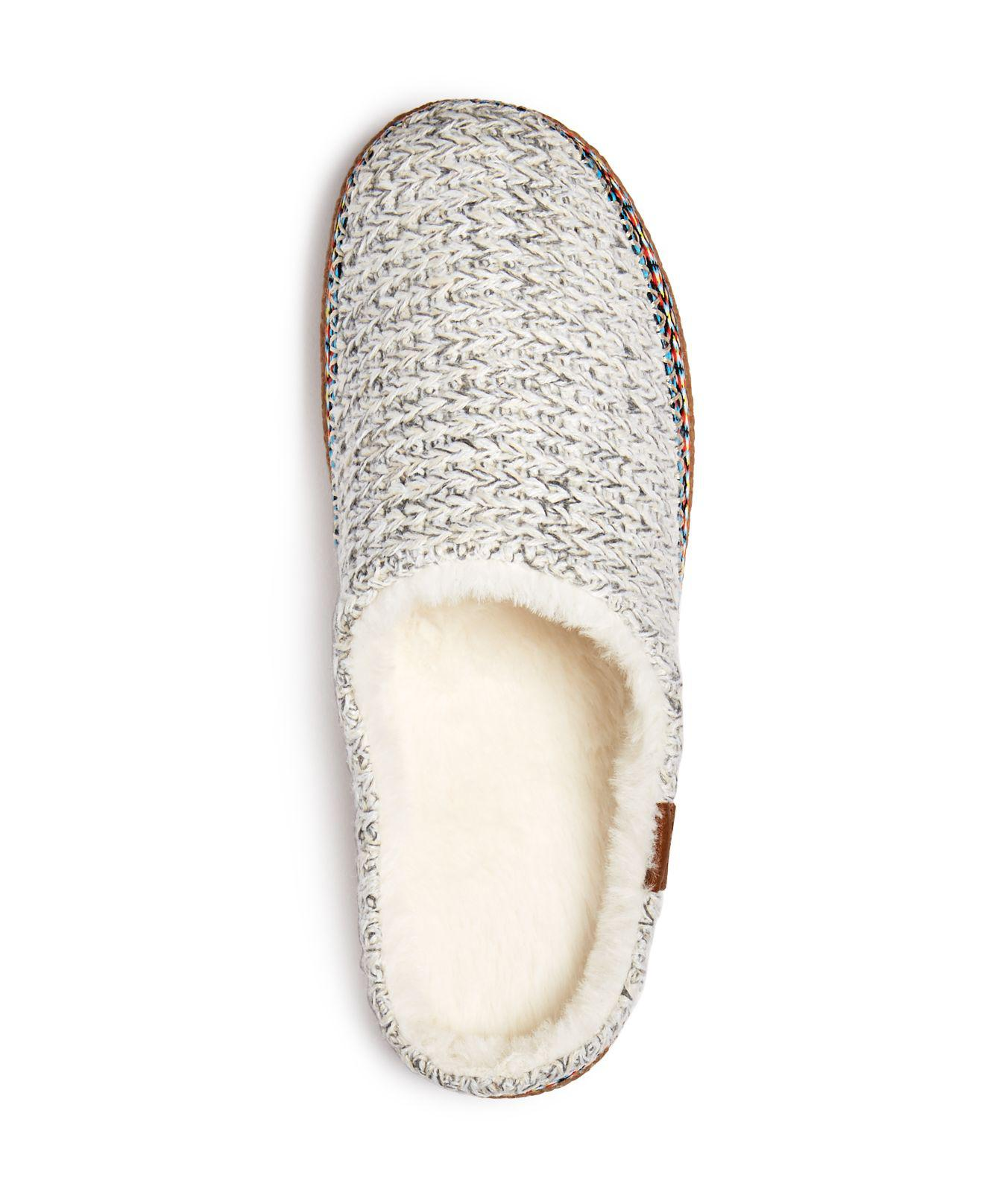 a444f761e45 Lyst - TOMS Women s Ivy Birch Sweater Knit Slippers in Natural