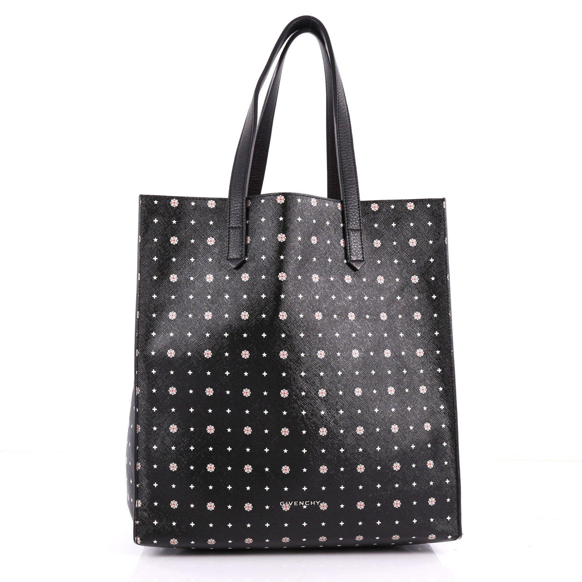 492f96d82630 Givenchy - Black Pre Owned Stargate Shopper Tote Printed Coated Canvas  Large - Lyst. View fullscreen