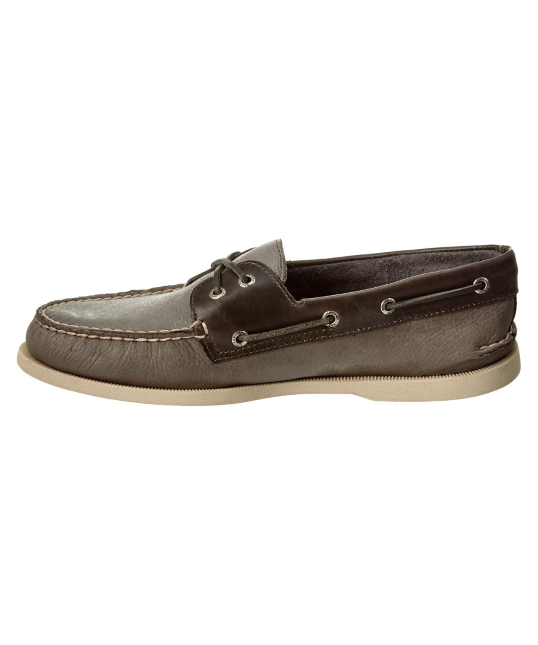 sperry top sider s a o 2 eye leather boat shoe in gray