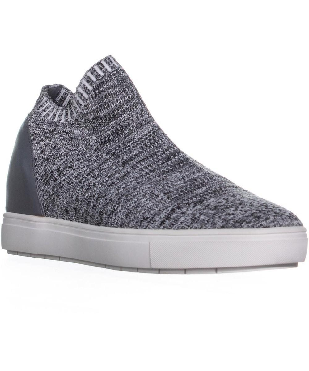 0d0d1d6ef54 Lyst - Steve Madden Sly Pull-on Sneakers