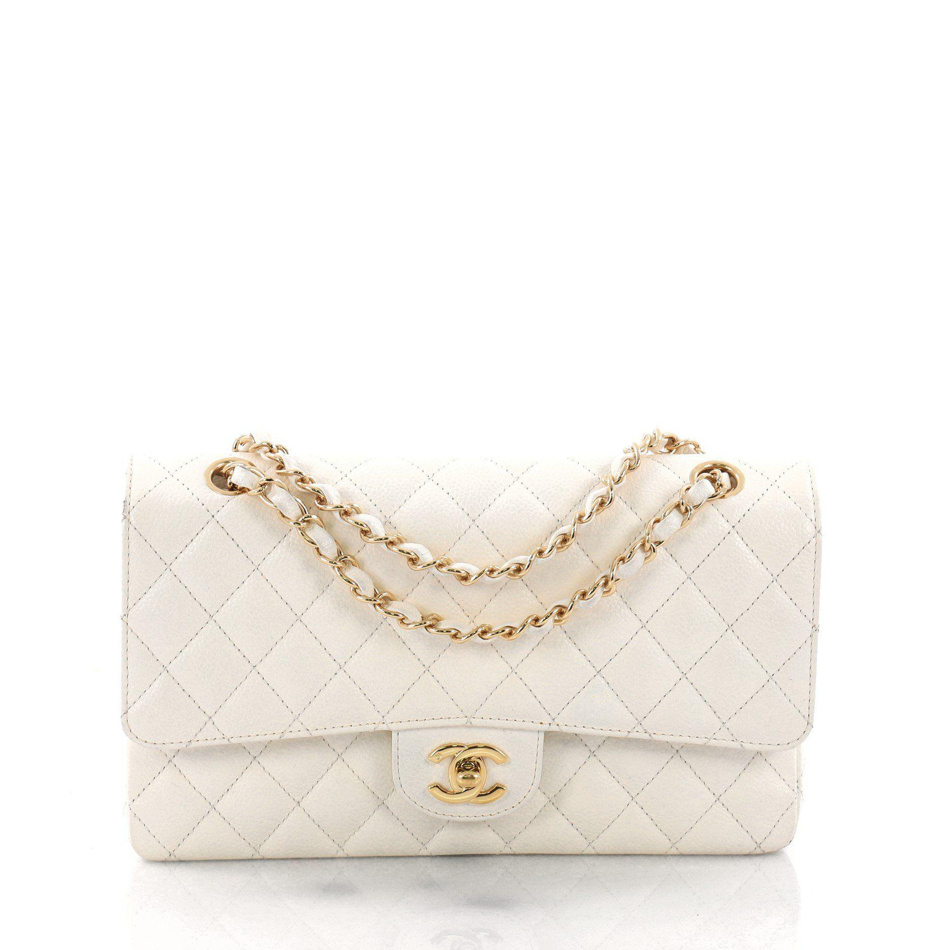 1d29f0155b2a5e Chanel. Women's Pre Owned Vintage Classic Double Flap Bag Quilted Caviar  Medium