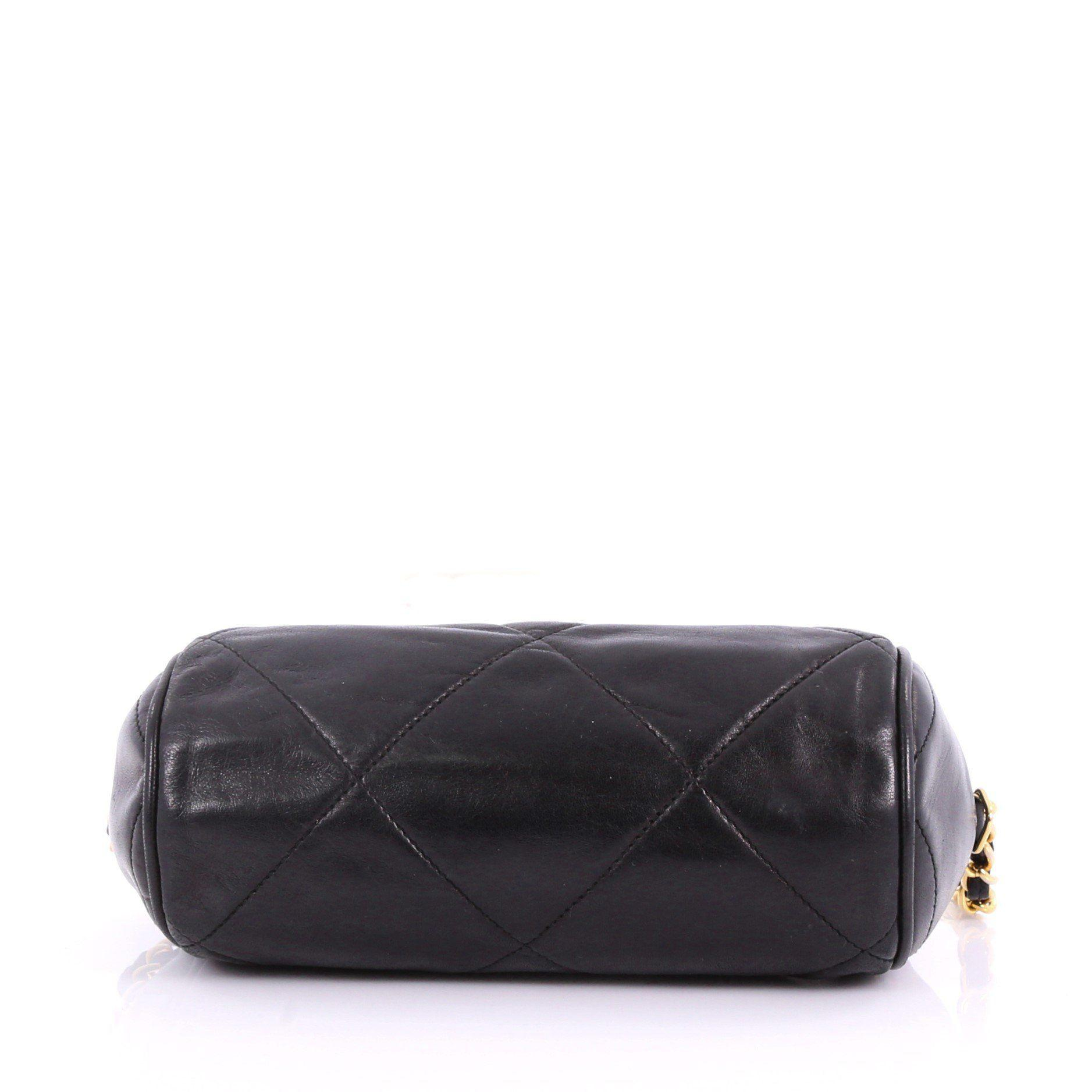 a3d29cc712fc Lyst - Chanel Pre Owned Vintage Diamond Cc Barrel Bag Quilted ...