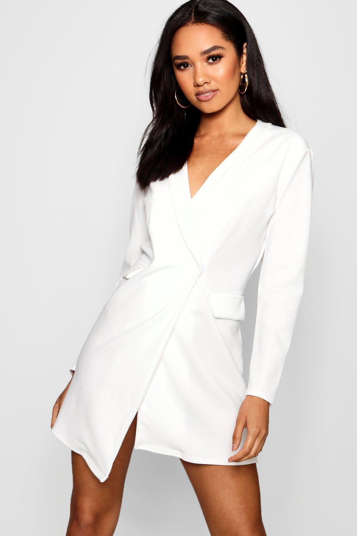 05cd92233055 Lyst - Boohoo Petite Wrap Front Blazer Dress in White