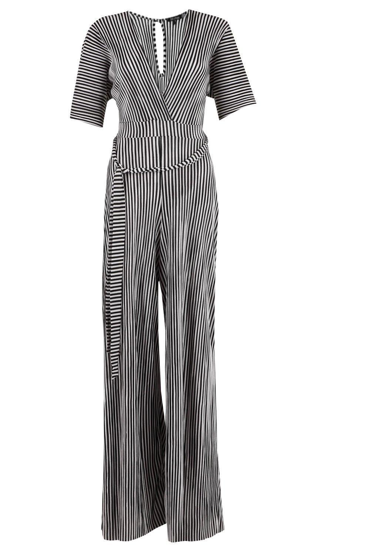 988bff3ba6 Lyst - Boohoo Plunge Plisse Stripe Culotte Jumpsuit in Black