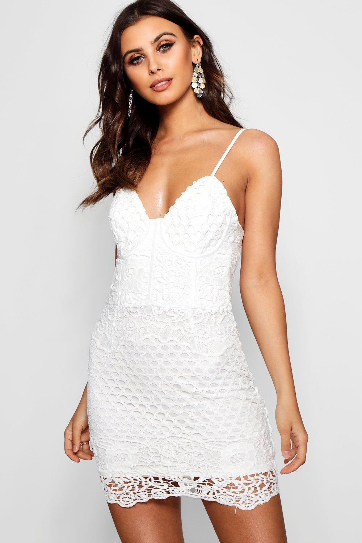 8aacdb9922ae Boohoo Petite Bustier Crochet Lace Bodycon Dress in White - Lyst