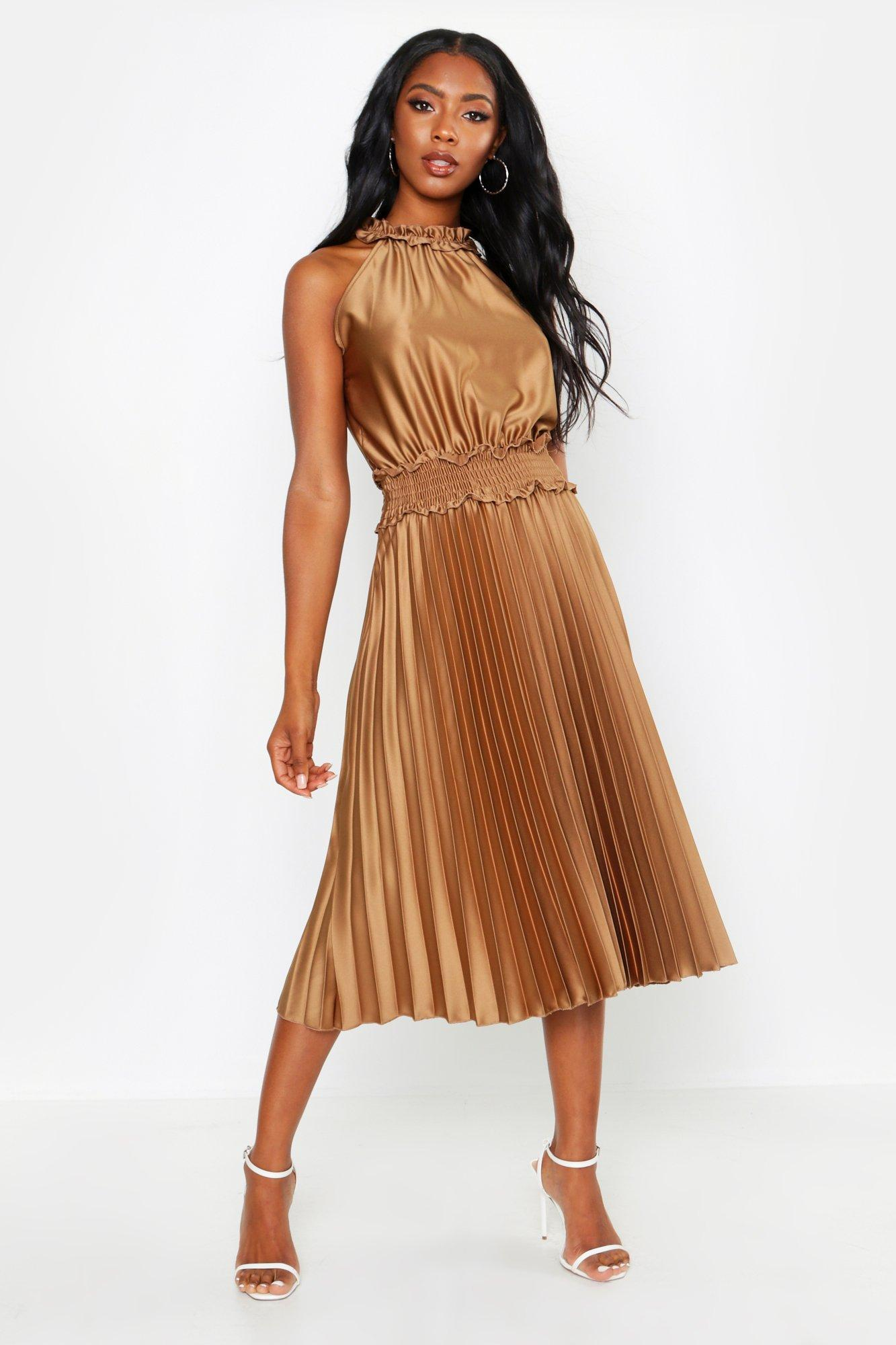 c6d16975be08 Boohoo Shirred Waist Pleated Midi Dress in Brown - Lyst
