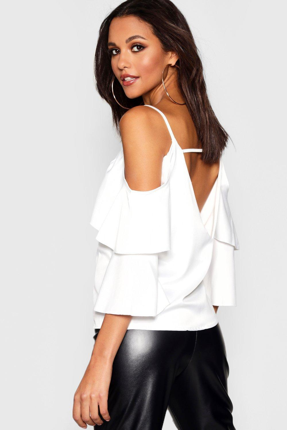 3536b35621f6ed Boohoo Lace Insert Heavy Satin Cold Shoulder Top in Black - Lyst