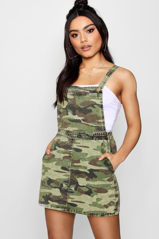 Cheap Sale Authentic Really Cheap Price Boohoo Camo O-Ring Zip Through Denim Pinafore Dress w7C1W