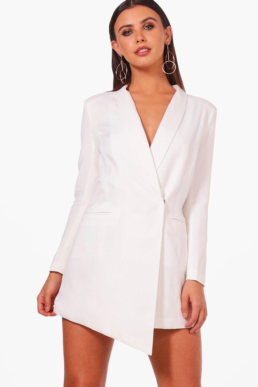 b70c9adfa259 Boohoo Petite Asymmetric Blazer Dress in White - Lyst