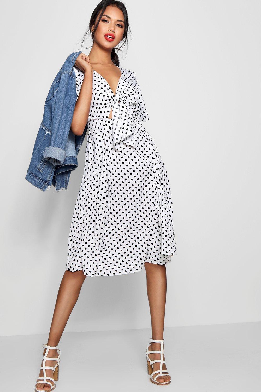 0ee7d5f92de44 Boohoo Knot Front Polka Dot Midi Dress in White - Lyst