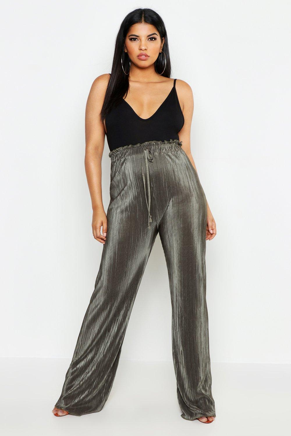 28e8bff1cce6 Boohoo Plus Wide Leg Trousers in Black - Lyst