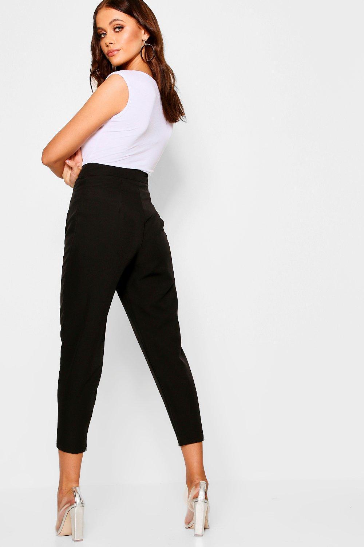 8227e1742bc7 Boohoo - Black Tapered Pants - Lyst. View fullscreen