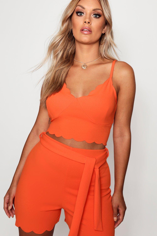 b15a57707b26 Boohoo Plus Crepe Scallop Bralet + Short Co-ord in Orange - Lyst